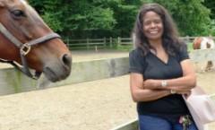 Patricia Kelly - Una vaquera usa caballos para motivar a niños en riesgo