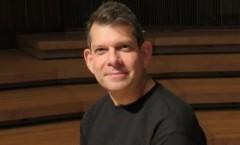 Arthur Bloom - Cómo el poder sanador de la música ayuda a los heridos de guerra